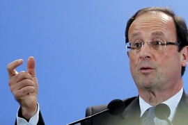 Hollande looks to cement lead over Sarkozy