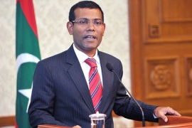Maldives president quits after protests