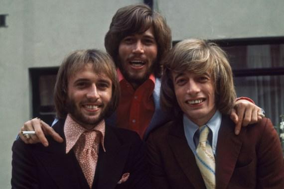 Bee Gees Singer Robin Gibb Dies Europe News Al Jazeera