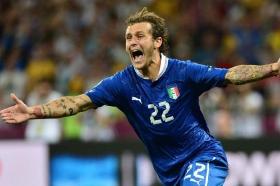 Italian midfielder Diamanti puts Italy through after stalemate with a stale England [AFP]