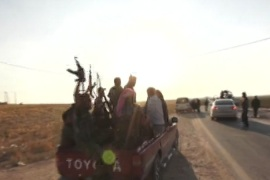 Civilians plead with Syrian fighters