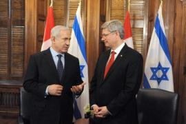 "In September, Binyamin Netanyahu said of Stephen Harper, ""Same heart and same values"" [EPA]"