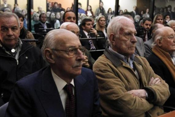 Former Argentine dictator Jorge Videla (left) and Reynaldo Bignone, a former general who ruled Argentina in 1982-1983, were among the 25 accused in the Plan Condor trial, held in Buneos Aries [Reuters]