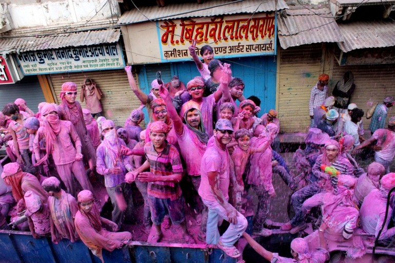 The celebrations witness people smearing and splashing different colours and water on their friends and loved ones.