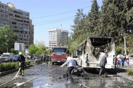 Syria PM escapes car bomb attack