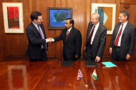 Mukesh Ambani, chairman of Reliance Industries, greets British Chancellor George Osborne [Getty Images]