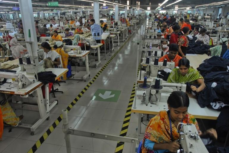 in pictures bangladeshi garment workers gallery al jazeera al jazeera