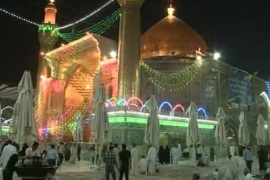 Syrian Shia pilgrims stay on in Iraq