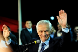Bosnian Serb politician Momcilo Krajisnik was welcomed by several thousand people upon his release [AFP]