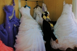Weddings in the Za'atari refugee camp do not need permission from the Jordanian state [Brenda Stoter/Al Jazeera]