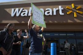 Walmart workers are to strike for higher wages [Reuters]