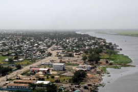 South Sudan town in ruins after battles