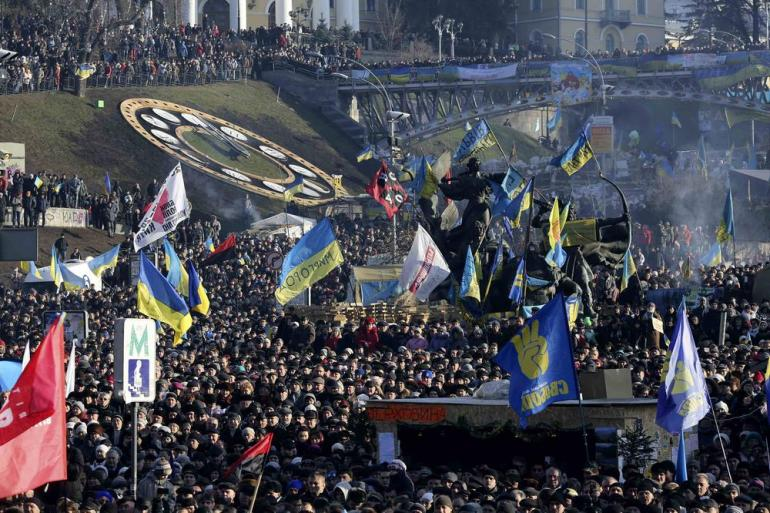 Pro-European integration protesters held a rally in Independence Square in central Kiev, December 29. Mass demonstrations have been taking place for more than a month as protesters call for President Viktor Yanukovych(***)s resignation.