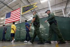 Central American migrants: A refugee crisis for the US?