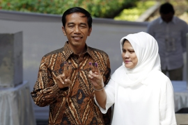Jokowi's victory claim disputed in Indonesia