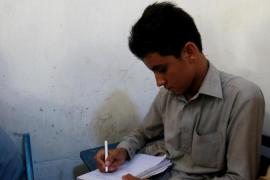 Pakistan's child refugees long for schools