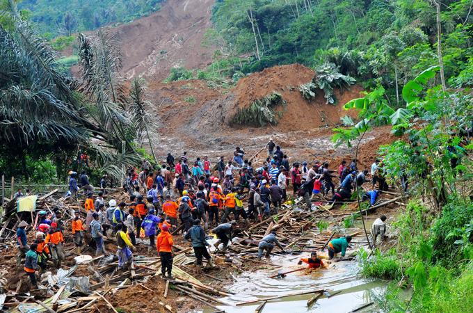 Indonesia landslide death toll rises | Climate News | Al Jazeera