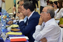 Colombia leader and FARC declare breakthrough in talks