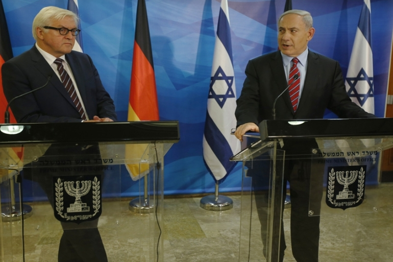 Germany's Foreign Minister Frank-Walter Steinmeier and Israel's Prime Minister Benjamin Netanyahu speak at a press conference [AP]