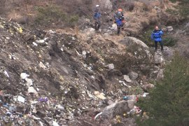 Search operations restart at French Alps crash site