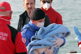 Italian coastguard rescues 10,000 migrants in a week