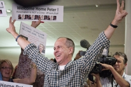 #FREEAJSTAFF: Peter Greste to be honoured in the US