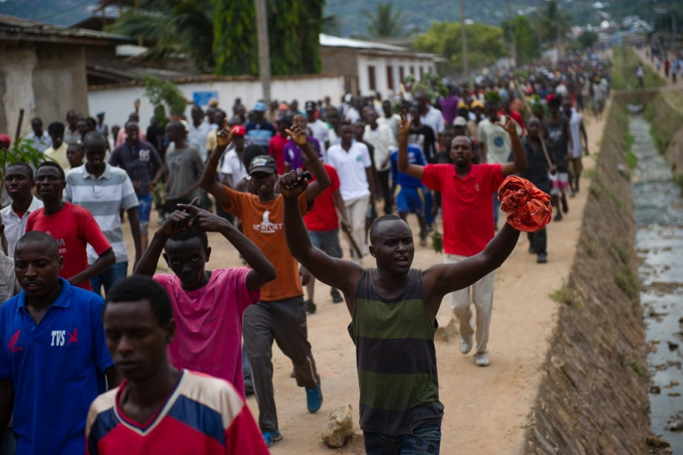 Much of the Burundian capital has been brought to a standstill by protests, with many people complaining that they cannot buy food as markets are closed. [Phil Moore/Al Jazeera]