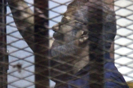 EU and US denounce Morsi death sentence