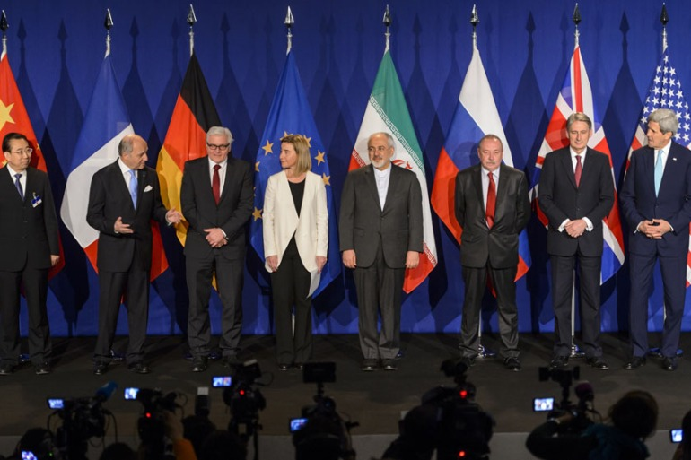 P5+1 and Iran representative hope to reach in agreement on Iran nuclear talks despite skepticism from US Congress [Fabrice Coffrini/AFP/Getty Images]