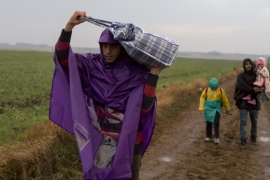 Tensions between Croatia and Serbia rise over refugees