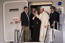Pope ends US visit with vow to 'punish' sex abusers