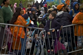 Refugees stuck at Croatia's border with Slovenia