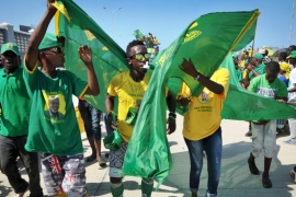 Supporters rally for presidential candidate John Magufuli of the long-ruling Chama Cha Mapinduzi (CCM) party [Khalfan Said/AP]
