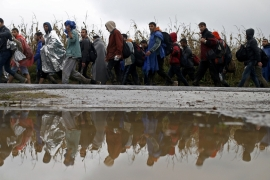 Slovenia to deploy army to help stem influx of refugees