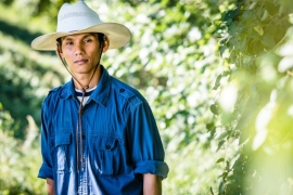 Thirty-two-year-old Hsar Lar Doe recounts his journey from a village in Myanmar to a farm in the US, via a refugee camp in Thailand [Angelo Merendino/Al Jazeera]