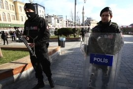 Turkey says Istanbul suicide bomber linked to ISIL