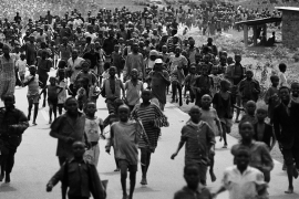 A mass exodus of civilians from Kigali during the genocide [Jack Picone/Al Jazeera]