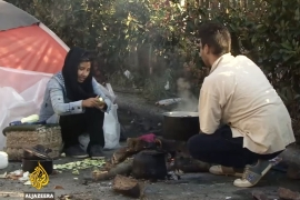 Desperate refugees in Greece turn to people smugglers
