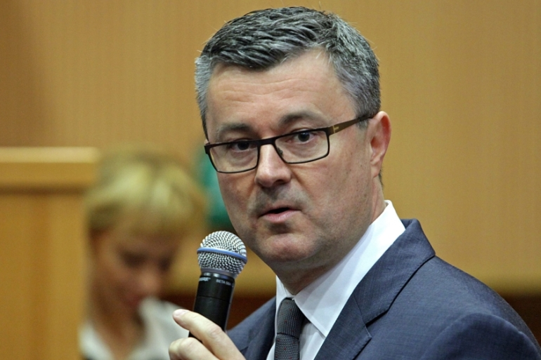 The right-wing government led by PM Oreskovic fell after only five months in power [EPA]