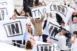 Rock musician, Bob Geldof sails with 'Remain' supporters in a counter a protest organised by Nigel Farage in London [EPA]