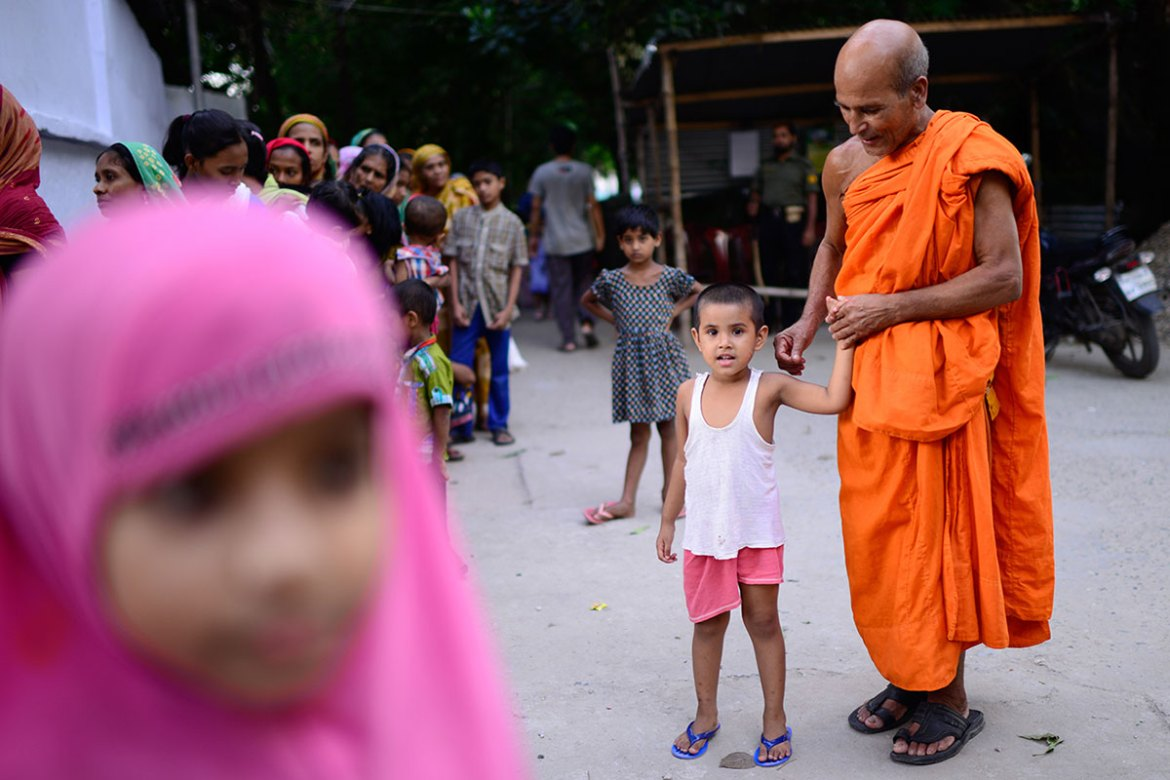 The iftar plan was initiated by the High Priest of the Shuddhanando Mohathero temple . [Mahmud Hossain Opu/Al Jazeera]