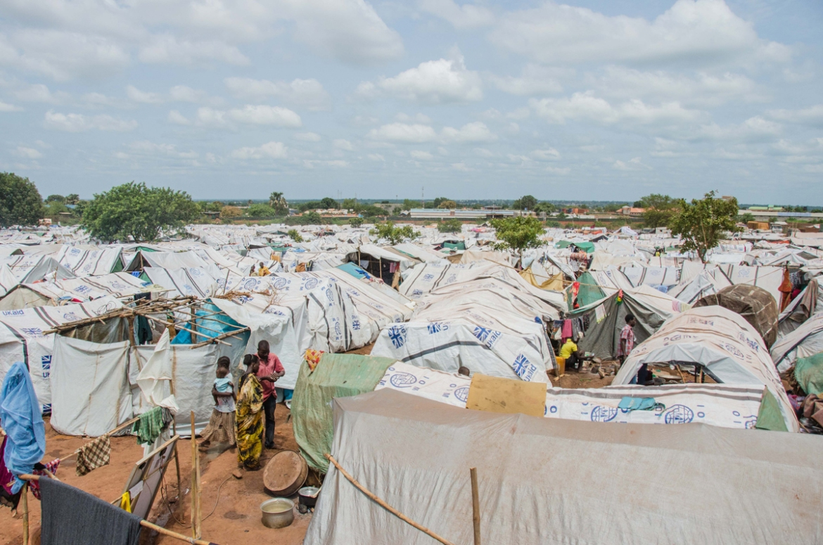 In just 10 days, more than 19,700 people were displaced to a site next to the UNMISS peacekeeping base. [Richard Nield/Al Jazeera]