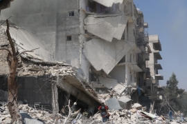 Syria war: Dozens killed while attending Aleppo funeral