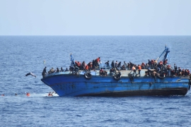 Italy rescues 13,000 refugees off Libya in peak season
