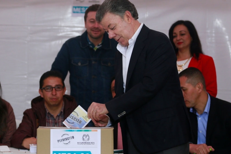 The 'yes' camp was promoted by President Juan Manuel Santos [Reuters]