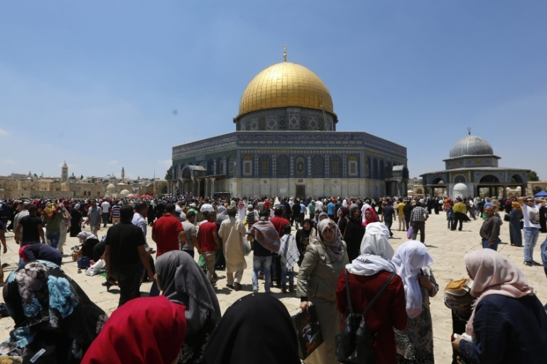 Since the muting measure covers only residential areas, al-Aqsa mosque would be exempt [EPA]