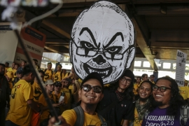 How will Malaysia deal with rising public anger?
