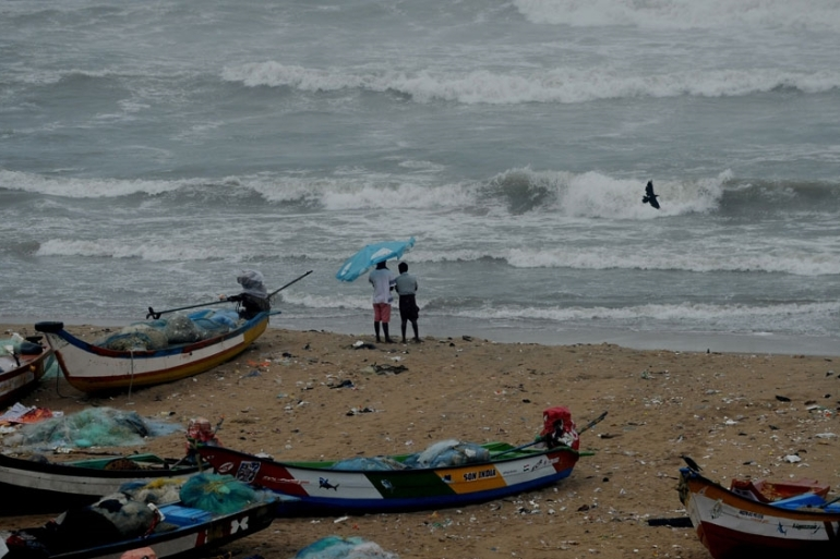 Big waves roll into Chennai as Tropical Cyclone Nada approaches the southern coast of India  [AFP]