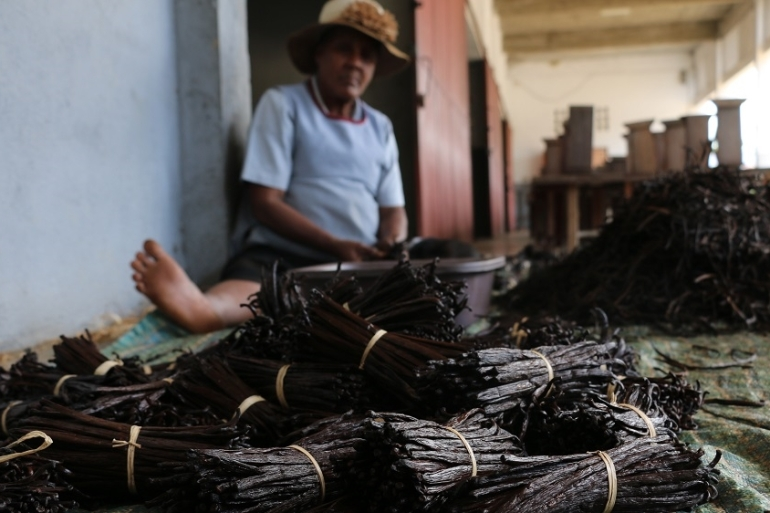 Local vanilla buyer and processor Tombo Tam Hun Man says chaos rules the industry, and that lack of justice exacerbates the problem [Peter Lind/Danwatch]