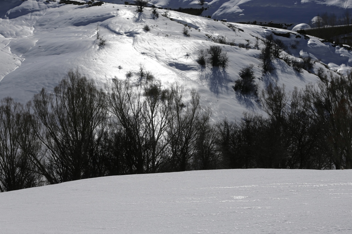 Icy slopes near the town of Tannourine, Lebanon. [Joseph Eid/AFP]